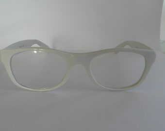 Vintage Shiny White Rectangular Optical Frame