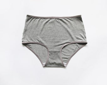 Basic high waisted panties. verry soft and stretch cotton. Gray minimal undies.