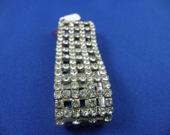 Beautiful Diamond Patterned Stretchy Bracelet