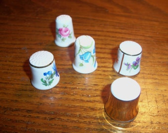 Set of 5 Vintage Ceramic Handpainted Thimbles Porcelain