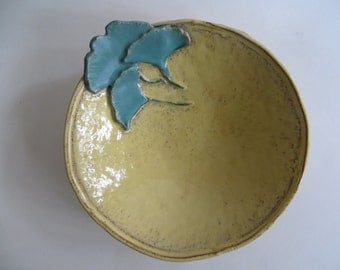 Stoneware Pottery Bowl With Ginkgo Leaves Yellow Green