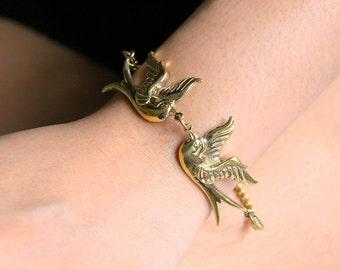 Two Swallows Golden Bracelet / Gold Brass Jewelry / Girls Woman Fashion Accessories / Pop Rock Vintage Style Jewelry