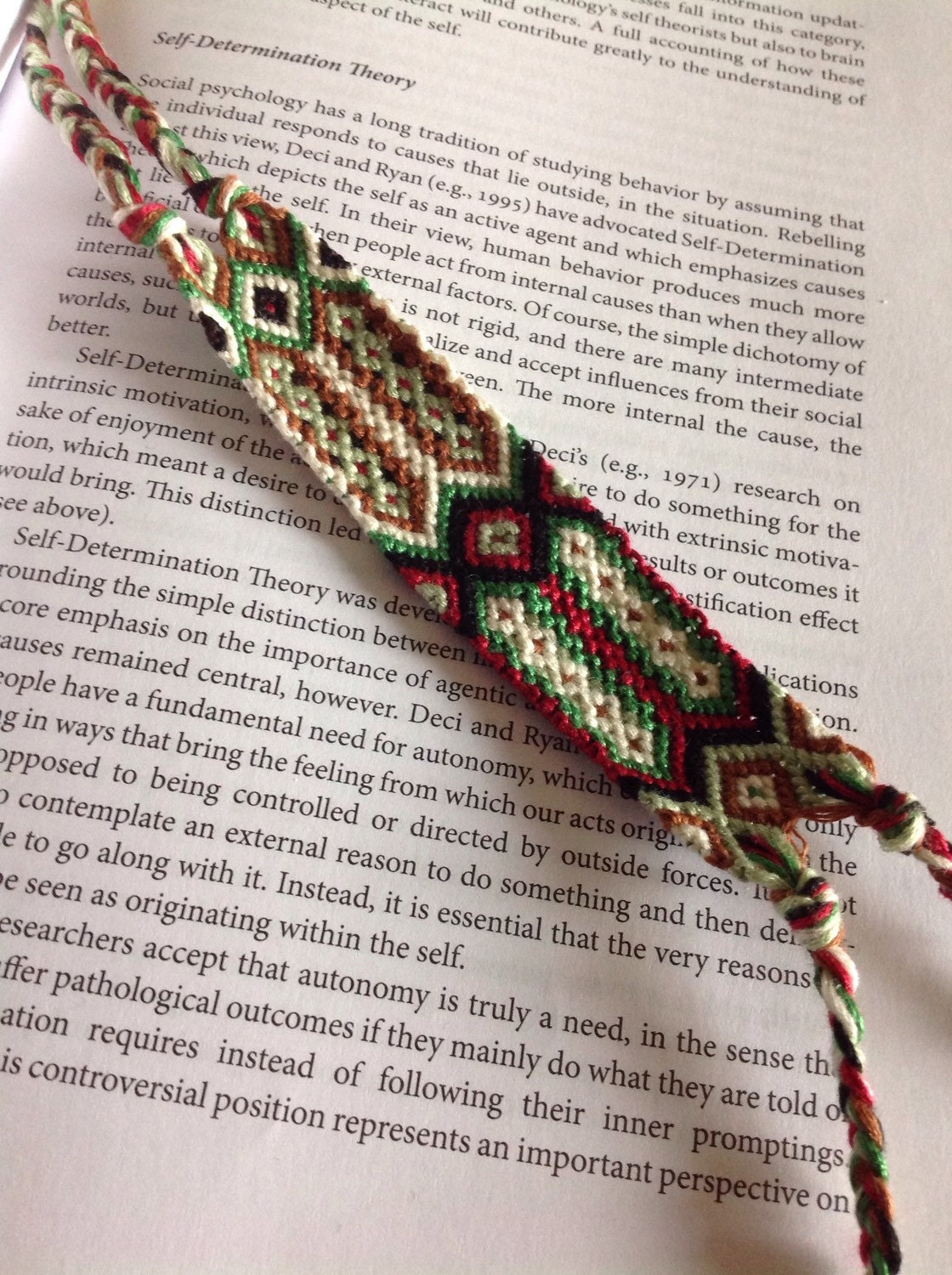 arrow friendship bracelet