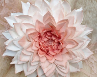 Dahlia Sugar Flower Cake Topper
