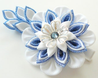 Kanzashi fabric flower hair clip. Blue and white kanzashi hair clip. Japanese hair clip. Kanzashi hair flower.