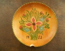 Swedish vintage wooden plate Handpainted wood plate Floral wood plate Swedish folk art 1953