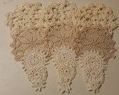 Doilies, set of 15, 5 different sizes, 5 different patterns. 3 different colors in 1 set.