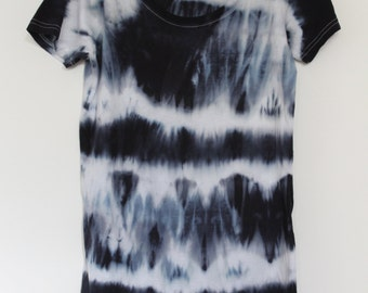 Women's tie dyed t shirt S Reduced price