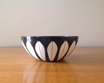 """Rare CathrineHolm Lotus Black Enamel Bowl - 5.5"""""""