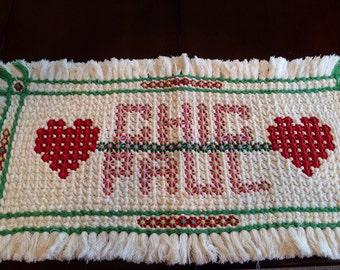 Valentine, Needlework Mat, Paul, Chic, Hearts, Red, Pink, White, Green, Vintage