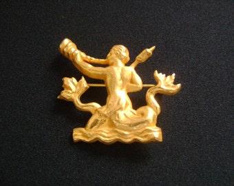 AB Arthus Bertrand PARIS French Designer Greek Greece Inspired Jewelry Hellenistic Roman Sculpture Archer Man With Bone Horn Gold Brooch Pin