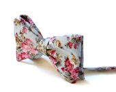 Bow Tie Light Green Gray Floral  (SELF TIE) /  Bow Tie Light Green Gray   / Classic Bow Tie / Wedding Bow Tie