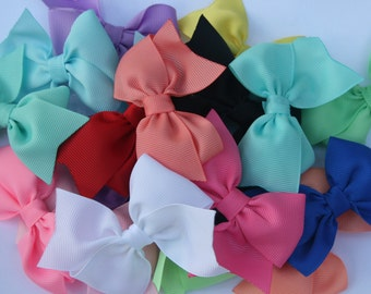 1.00 Hair Bows..Girls hair bows, hair bows for girls, one dollar bows, baby girls hair bows, small hair bows, baby bows, baby hair bow