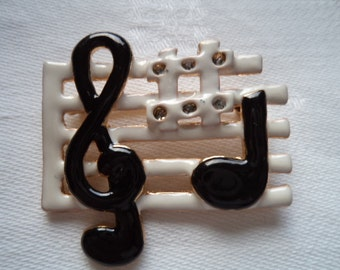 Vintage Unsigned Goldtone/Black/White Musical Notes Brooch/Pin