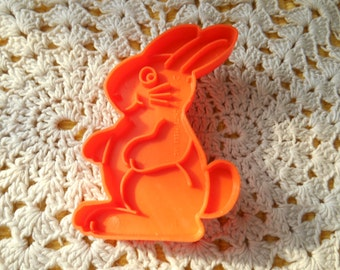 A Rabbit  Shaped Plastic Cookie Cutter, Makes 3 1/8 inch by 2 inch Cookie, Parachute Press
