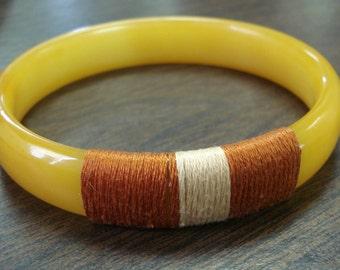 Vintage Bakelite Bracelet Bangle