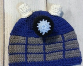 Dr Who Crochet Dalek Hat, Blue