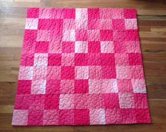 Pink ombre' baby toddler quilt-READY TO SHIP