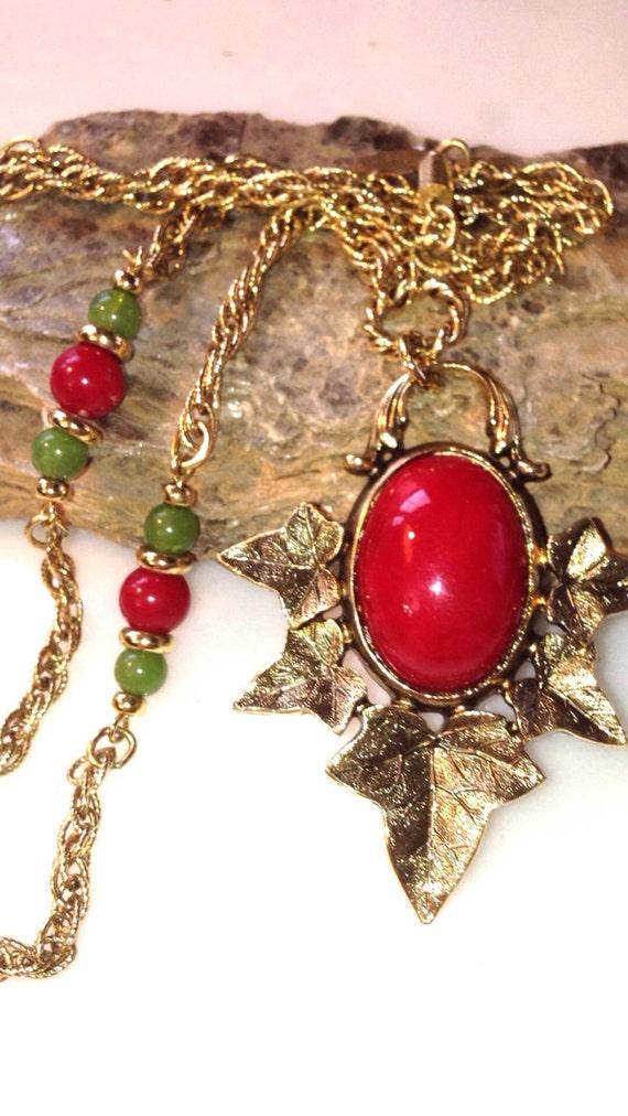 Vintage Jewelry 1928 Jewelry Company Gold Tone Bracelet