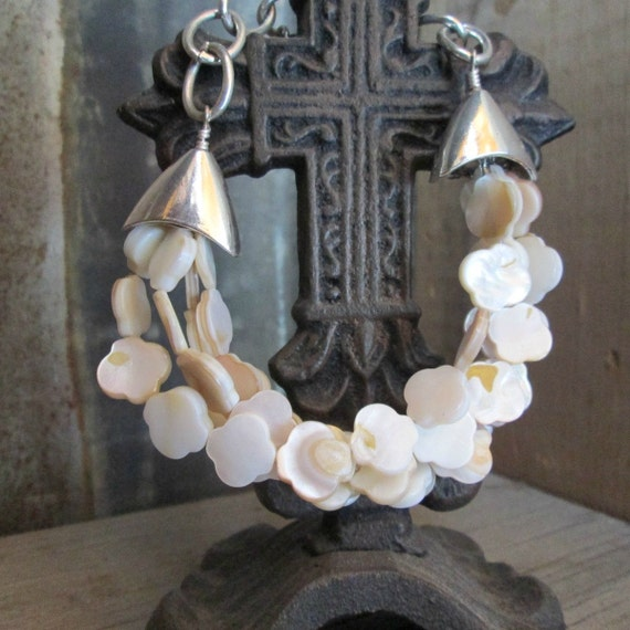 Beaded Bracelet, White Bracelet, Shell Bracelet, Multistrand Bracelet