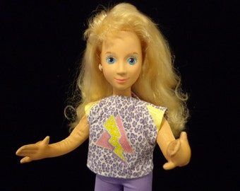 Mattel 1986 Hot Looks Doll - soft pose-able Barbie