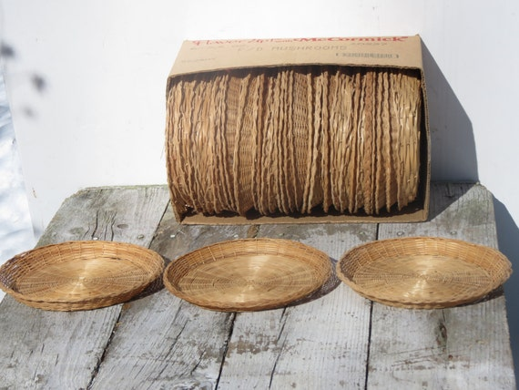 box of vintage woven wicker paper plate holders. Black Bedroom Furniture Sets. Home Design Ideas