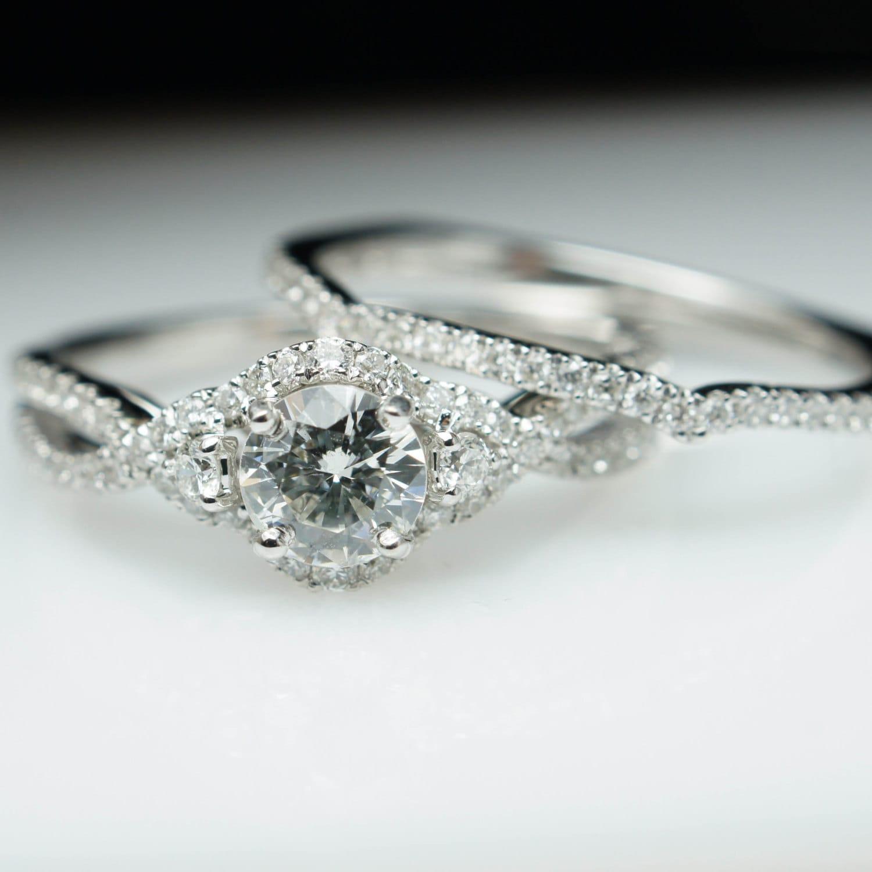 Diamond Halo Engagement Ring Wedding Band plete Bridal Set