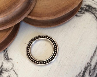Ring 19 mm old silver tone x 1 pcs
