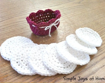 Set of 7 Crocheted Cotton Scrubbies With Basket // Cotton Facial Cloths // Reusable // Eco Friendly Makeup Remover Pads // Stocking Stuffer