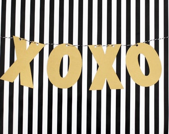 XOXO Gold Party Banner
