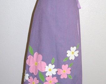 1970s Lavender Flower Applique Wrap Skirt Small to Medium