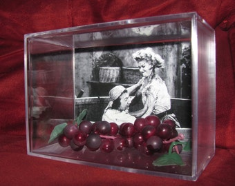 I Love Lucy Classic Episode With Grapes!! these grapes are not the kind you want to Eat..((Larger Case Display))