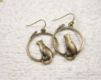 25% discount/Earrings. dangle/hoops/bronze / affordable. fashion. cheap./mouse/cat earrings