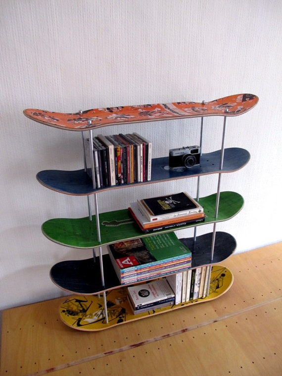 etag re en planche de skate recycl e edition sp ciale. Black Bedroom Furniture Sets. Home Design Ideas
