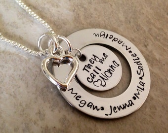 They call me grandma Nannie Grammy personalized grandmothers necklace with children's names
