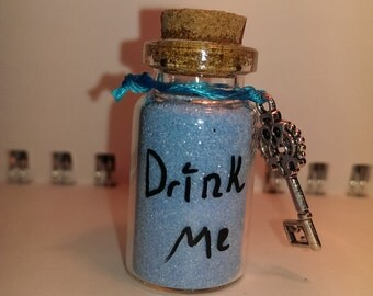 Drink me (light blue)