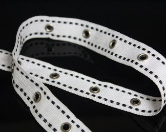 3 YARDS White Trim Ribbon with Eyelets