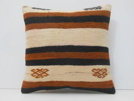 20x20 vintage carpets pillow decolic kissen by decolickilimpillows. Black Bedroom Furniture Sets. Home Design Ideas