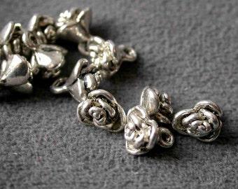 30pcs 7mm Antique Silver flower beads Charm Drop Pendant  M13