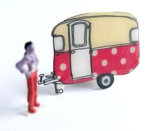 Red Polka Dot Classic Vintage Caravan Brooch