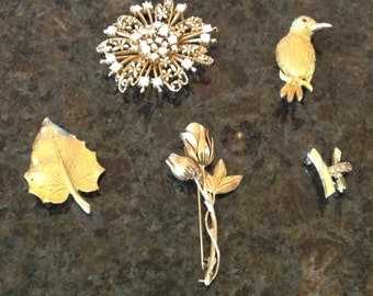 Vintage 4 Pins or Brooches