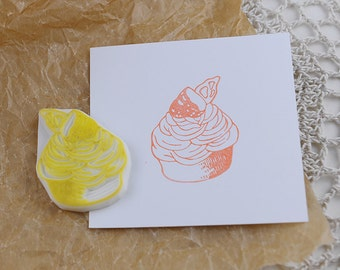 Hand carved  rubber Stamp/  cup cake/ dessert