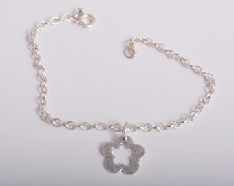 Sterling silver chain bracelet sterling silver 925 with hammered daisy flower charm