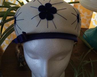 Vintage Wool blue and cream hat