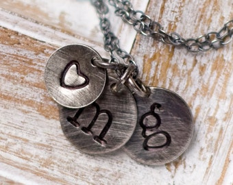 Personalized Initial Charm Necklace, Letter Necklace,  Personalized Charm Necklace, Mother Necklace Personalized, Simple Initial Necklace