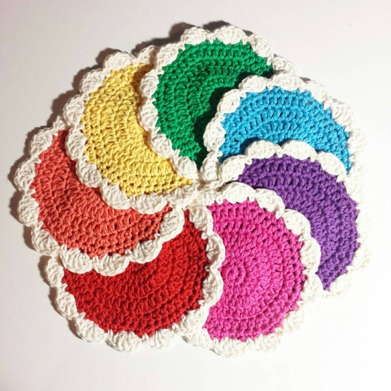 Crochet Flower Pattern Small : CROCHET PATTERN Small Flower Coaster