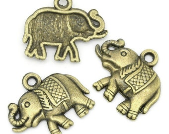 5 Antiqued Bronze Elephant Charms