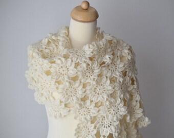 Crochet Shawl Pattern, Crochet Scarf Pattern, Aarini
