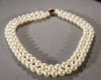 Vintage Traditional Faux Pearl Two Strand Round Necklace Jewelry   K