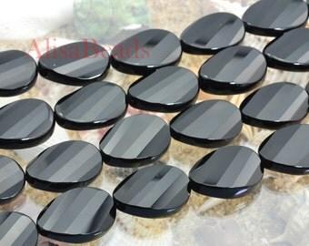 Black Onyx,faceted twist,18x25mm,beads,16 pcs